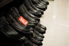 Scarpe sulla vendita Fotografia Stock Libera da Diritti