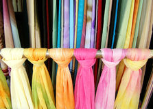 Scarves étnicos coloridos   Fotos de Stock Royalty Free