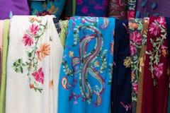Scarves tradicionais coloridos imagens de stock royalty free