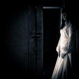 scary γυναίκα σκηνής φρίκης Στοκ Εικόνες