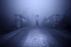 scary γυναίκα σκηνής φρίκης Στοκ φωτογραφίες με δικαίωμα ελεύθερης χρήσης