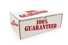 Scatola bianca con 100% garantito dai lati isolati Fotografie Stock Libere da Diritti