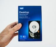 Scatola blu con il nuovo drive del hard disk di HDD interno da Digi occidentale Fotografia Stock Libera da Diritti