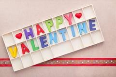 Scatola degli alfabeti del biglietto di S. Valentino felice Fotografie Stock Libere da Diritti