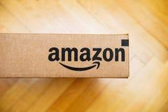 Scatola di Amazon veduta da sopra