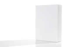 Scatola di cartone impaccante in bianco | Isolato Fotografia Stock