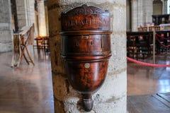 Scatola di legno di donazione Fotografia Stock