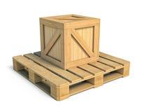 Scatola di legno isolata su fondo bianco immagine stock