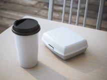 Scatola di pranzo bianca con la tazza di caffè di carta rappresentazione 3d Fotografia Stock