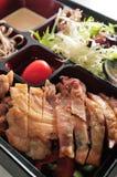 Scatola di pranzo del pollo Immagini Stock Libere da Diritti