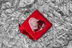 Scatola di rosso di San Valentino Immagine Stock Libera da Diritti