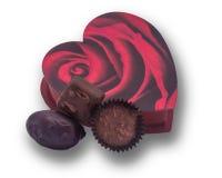 Scatola a forma di del biglietto di S. Valentino del cuore con cioccolato Fotografie Stock Libere da Diritti