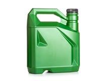 Scatola metallica di plastica verde dell'olio di motore Fotografia Stock Libera da Diritti