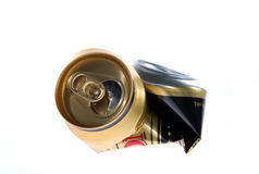 Scatola metallica fatta saltare dopo birra Fotografie Stock Libere da Diritti
