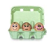 Scatola verde di uova della piccola gente Fotografie Stock Libere da Diritti