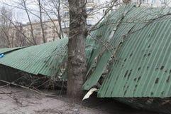 Scatole del parcheggio schiantate dalla tempesta Fotografia Stock