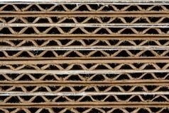 Scatole di cartone ondulate impilate a macroistruzione Fotografia Stock