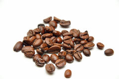 Scattered coffee beans Royalty Free Stock Photography