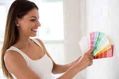 Scelta del colore per i nuovi sguardi della stanza Fotografia Stock Libera da Diritti