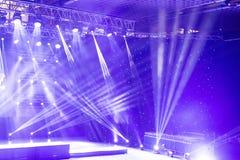 Scen światła, lekki przedstawienie przy koncertem Koncertowy Lekki przedstawienie Obraz Stock