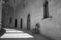 Scena antica del monastero alta sopra Palma in Maiorca nel nero e Fotografia Stock