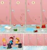Scena dei bambini che puliscono un bagno Fotografia Stock Libera da Diritti