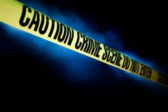 Scena del crimine isolata sul nero fotografie stock