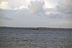 Scena del mare seguendo la linea del sud della costa di risonanza fotografia stock