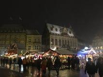 Scena del mercato di Natale a Brema immagini stock libere da diritti