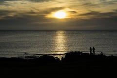 Scena del paesaggio della siluetta di tramonto Fotografie Stock