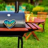 Scena del partito del cortile di estate del BBQ Immagini Stock