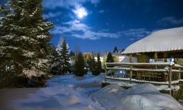 Scena del villaggio di notte Immagini Stock