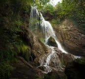 Scena della cascata di estate Immagini Stock Libere da Diritti