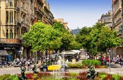 Scena della via a Barcellona, Spagna Fotografie Stock Libere da Diritti
