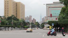 Scena della via di Taipei al boulevard di Ketagalan HD video d archivio
