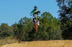 Scena di azione di Dirtbike Fotografia Stock
