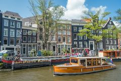 Scena di crociera del canale di Amsterdam, Paesi Bassi Immagine Stock