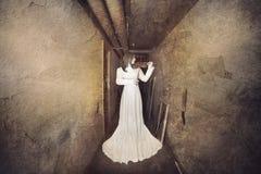 Scena di film horror, ragazza di Scarry Fotografia Stock Libera da Diritti