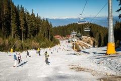 Scena di inverno nella stazione sciistica di Bansko fotografia stock