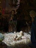 Scena di natività di Natale rappresentata con le statuette di Maria, Jo Fotografia Stock