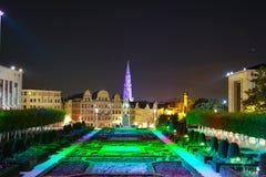 Scena di notte di architettura del Belgio con luce a Bruxelles fotografia stock libera da diritti