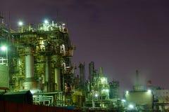 Scena di notte delle fabbriche Fotografia Stock
