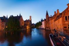 Scena di notte di Bruges fotografie stock libere da diritti