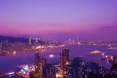 Scena di notte di kowloon e di Hong Kong Island Fotografia Stock Libera da Diritti