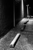 Scena di notte nel parcheggio di un centro commerciale abbandonato Fotografia Stock Libera da Diritti
