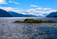 Scena di Serene Scandinavian Fjord Fotografie Stock