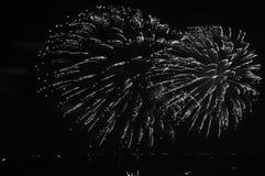 Scena di spruzzatura piacevole del fuoco d'artificio a Pattaya immagini stock