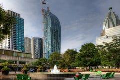 Scena di Toronto con la fontana nella priorità alta Fotografie Stock