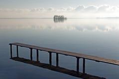 Scena di Tranquille in un lago Immagini Stock Libere da Diritti