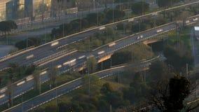 Scena e strada di traffico al tramonto Esposizione lunga Lasso di tempo archivi video